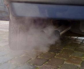 512px-automobile_exhaust_gas